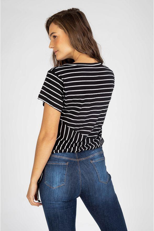 t-shirt-com-amarracao-preta-77291